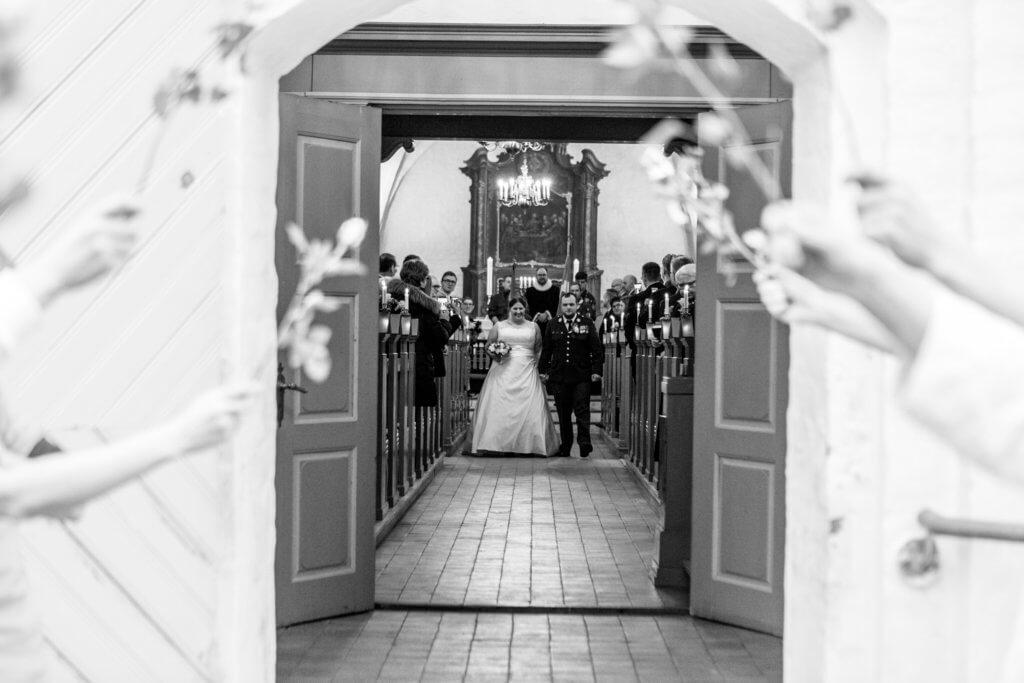 Bryllupsfotograf Verninge kirke og Spejdercenter Port Arthur Sara & Jesper