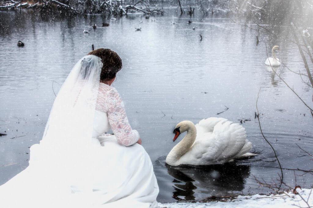 Trash the dress fotografering Odense, Bryllups fotograf, Bryllups fotograf Odense, Bryllups fotograf Rungsted, Trash the dress fotograf, fotograf bryllup, tivoli nimb wedding photographer