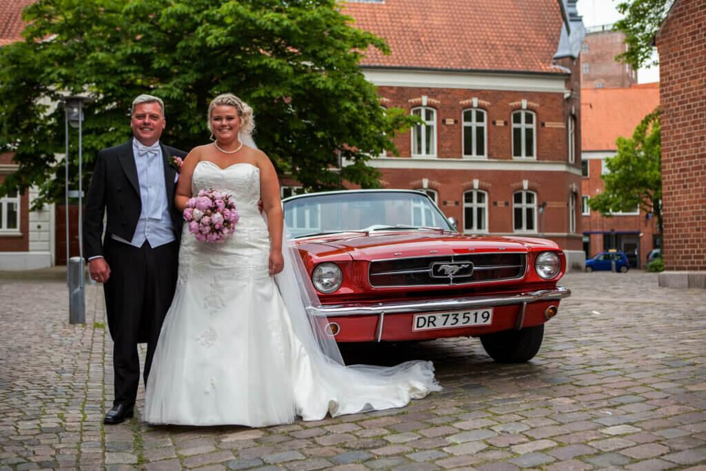 Bryllupsfotograf til bryllup i Kolding centrum