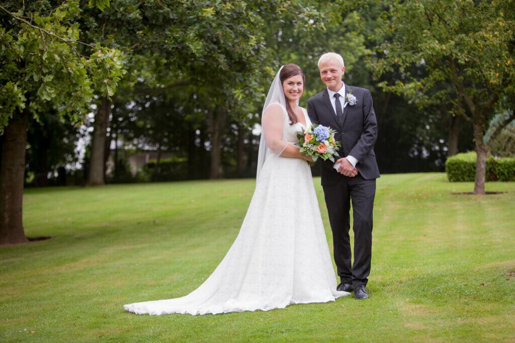 Bryllupsfotograf til bryllup på Fyn