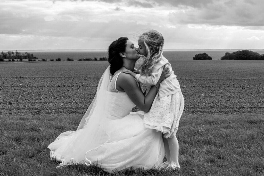 Bryllups fotograf, Bryllups fotograf Odense, Bryllups fotograf Rungsted, Trash the dress fotograf, fotograf bryllup, tivoli nimb wedding photographer, drone foto bryllup, luft foto bryllup