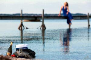 Studenter fotografering ved vandet, i Ringe, Odense, Svendborg, Nyborg, Faaborg, Fyn, portrætfotograf, erhvervsfotograf, børnefotograf